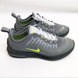 Nike Air Max Gray Green Shoes Size 5 Youth